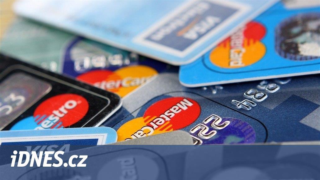 Platební karty dostávají nové funkce. Podívejte se, co už umí