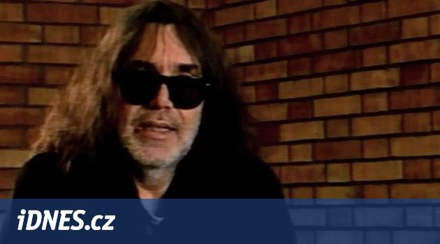 Zemřel hudební publicista Vojtěch Lindaur. Do Česka tajně přivezl Nico