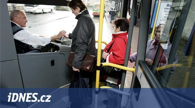 Zlínský kraj po odkladu začal hledat dopravce pro autobusovou revoluci