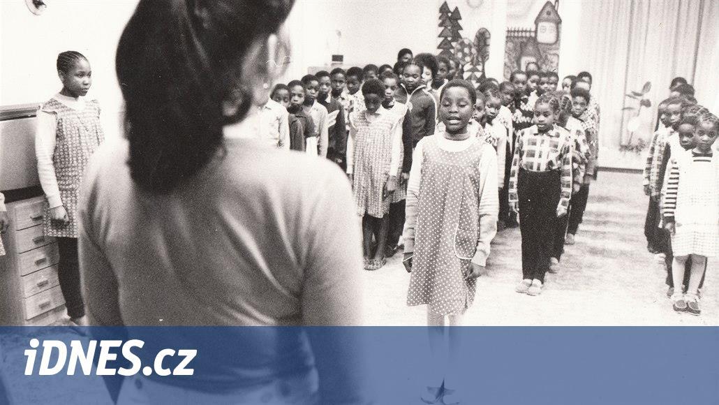 Komunisté dělali z namibijských dětí Čechy, návrat do Afriky řada nezvládla
