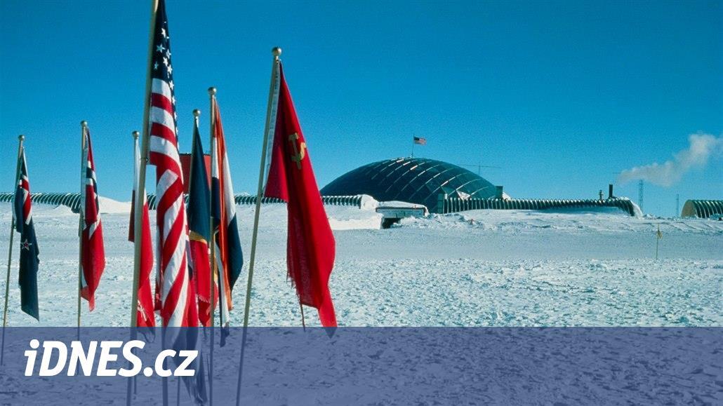 STO OBJEVŮ: Závod o jižní pól zaplatila poražená výprava životem