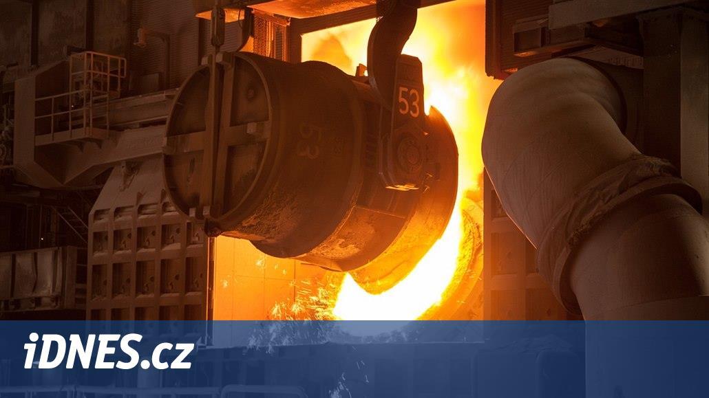 Falešní obchodníci s ocelí obrali české banky a pojišťovnu o 1,4 miliardy