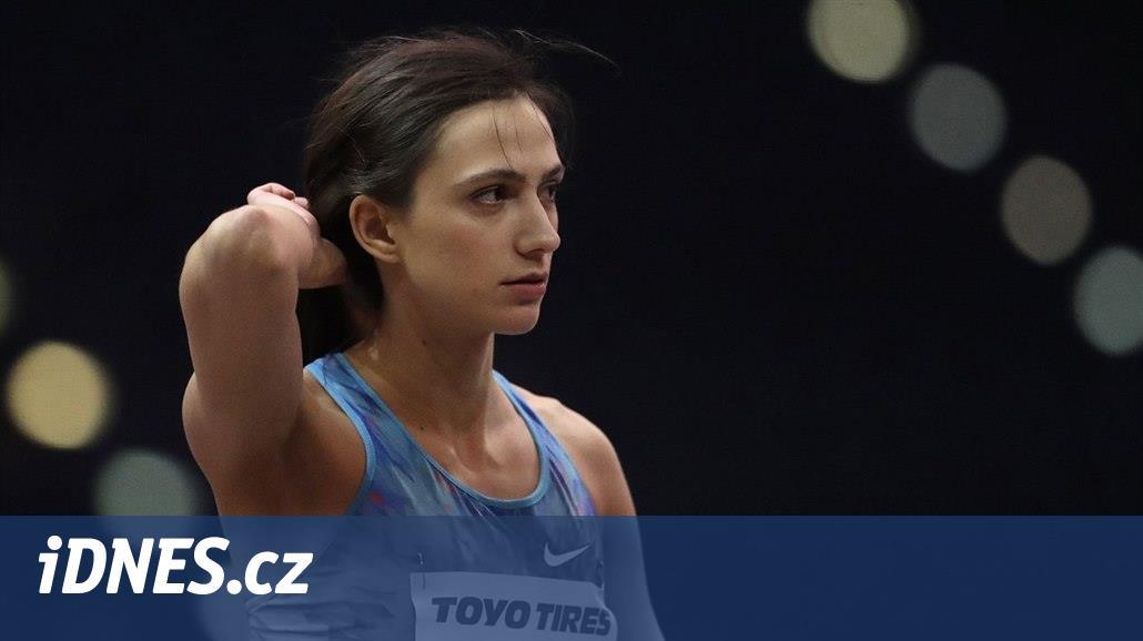 Suverénní, usměvavá i kritizující ruský doping. Královna výšky je v Česku