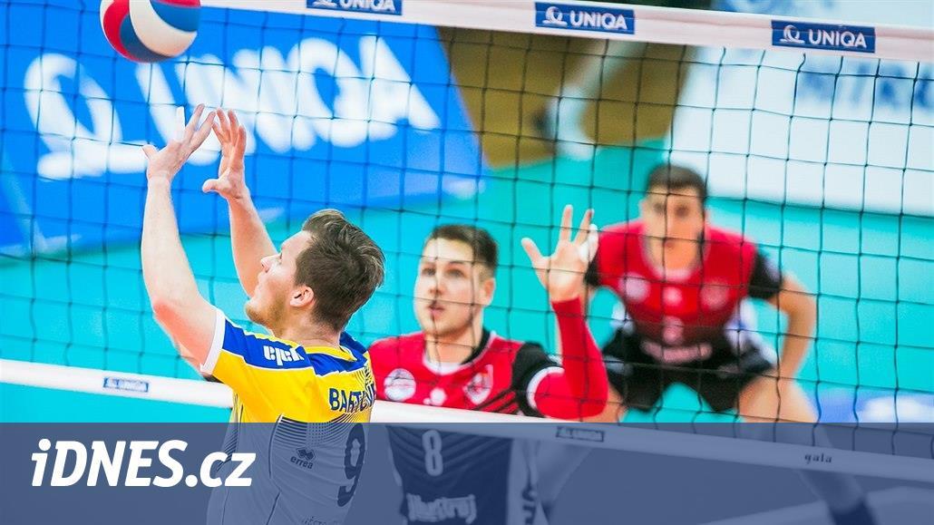 Budějovice, Kladno i Karlovarsko slaví po prvním čtvrtfinále výhru 3:0