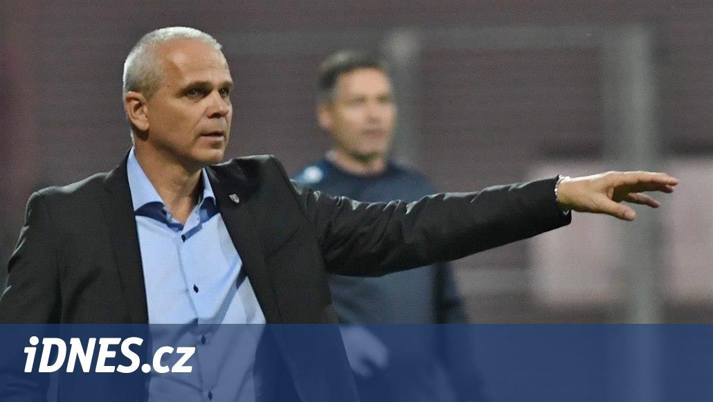 Lavička skončil u fotbalistů Slasku Vratislav, odchází i asistent Svoboda
