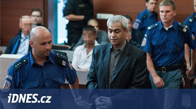 Mačetoví útočníci dostali u soudu tresty od tří do 16 let vězení