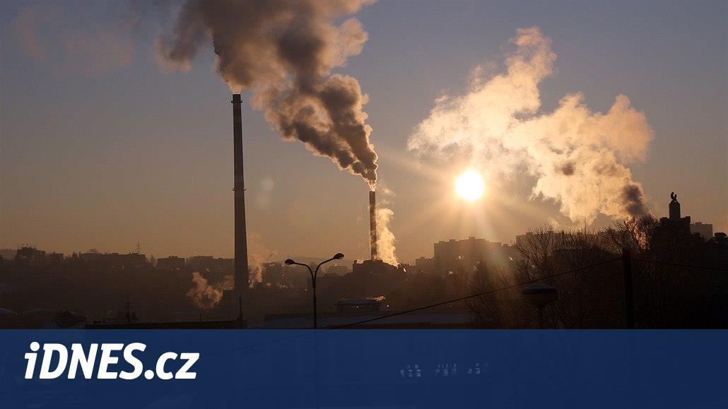 Dýcháme nejčistší vzduch za poslední desítky let, problémem je ale ozon