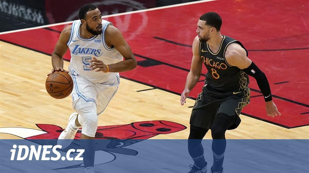 Chicago opět nestačilo na Lakers, Satoranský dal pět bodů