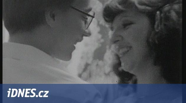 Pětatřicet let před kamerou. Manželské etudy vystaví účet potřetí