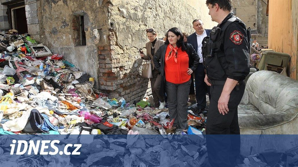 Ministryně prošla Předlice a slíbila rychlé řešení sociální katastrofy
