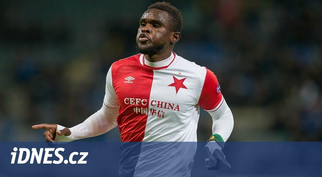 Ngadeu jedná o přestupu do Fulhamu, Slavia by dostala přes sto milionů