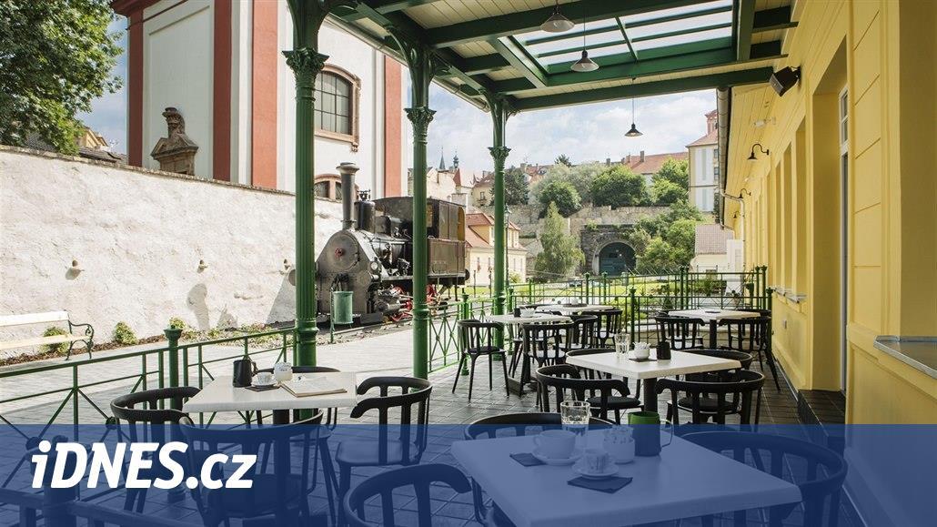 Skvosty na trati. Nejkrásnější česká nádraží, na které je radost pohledět