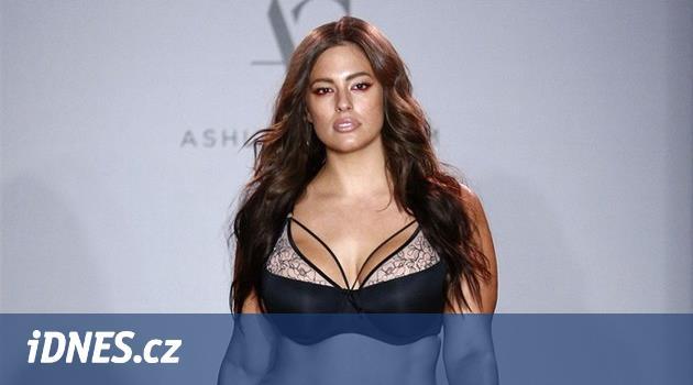 OBRAZEM  Sexy křivky opravdových žen. Plus size modelky v prádle - iDNES.cz e1e1939285